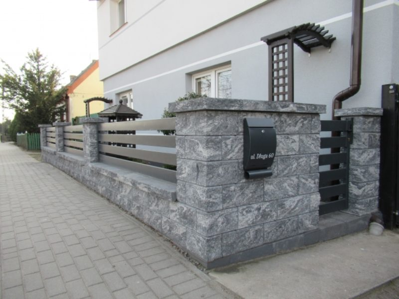 Elnat-Chrzan-ogrodzenie-lupane-Kostbet-01